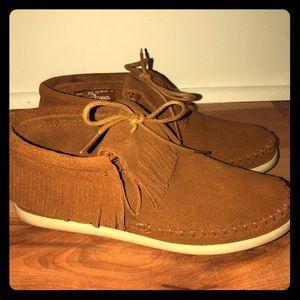 MINNETONKA fringe Sneaker
